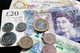 Gdzie wymienić walutę tanio i bez komplikacji?